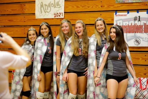 (l to r) Christina Hermida, Adrianna Garrido, Kassidy McGhee, Coleen Peggs, Isabela Monteiro, and Angela Priore proudly pose as Central